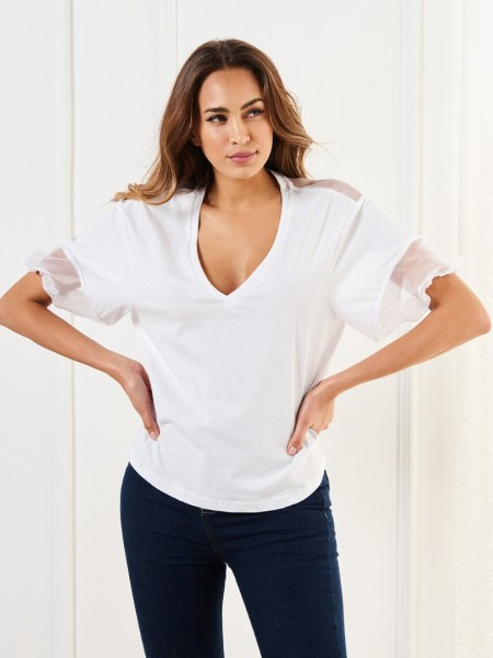 Λευκή κοντομάνικη μπλούζα με V-λαιμόκοψη τούλι σε όλη την πλάτη και στα μανίκια Lynne