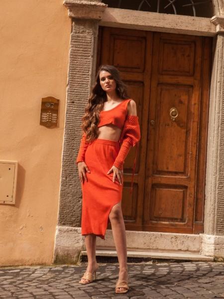 Εκάι ψηλόμεση πλεκτή midi Viola Terracotta φούστα με λάστιχο στη μέση και σκίσιμο στο πλάι