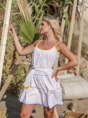 Λευκό αμάνικο βαμβακερό κοντό φόρεμα με λεπτή ρυθμιζόμενη τιράντα, χρωματιστά ρέλια και βολάν σε επίπεδα We coss