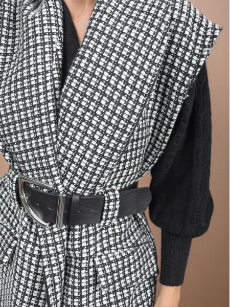 Ασπρόμαυρο tweed γιλέκο με μεγάλο πέτο γιακά, μπροστινές τσέπες και αποσπώμενη ζώνη Access