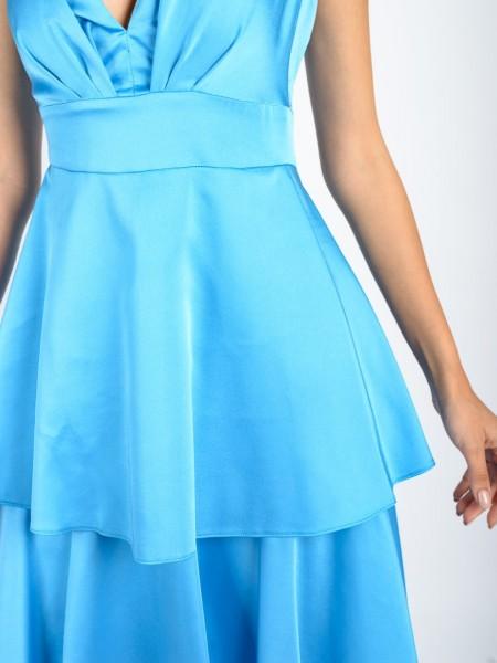 Γαλάζιο αμάνικο maxi ματ σατέν φόρεμα με V-λαιμόκοψη, μικρές σούρες στο μπούστο, σταθερή μέση και βολάν σε μεγάλα επίπεδα Access