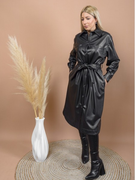 Μαύρο faux-leather shirt-look φόρεμα με εσωτερική γούνινη επένδυση, τετράγωνες τσέπες μπροστά, πιέτες στις μανσέτες και αποσπώμενη ζώνη Access