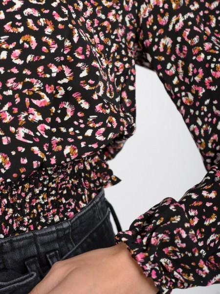 Animal printed μαύρη μακρυμάνικη μπλούζα με V-λαιμόκοψη, κουμπιά μπροστά, μικρές σούρες στους ώμους, λάστιχο στο τελείωμα και στα μανίκια Ale