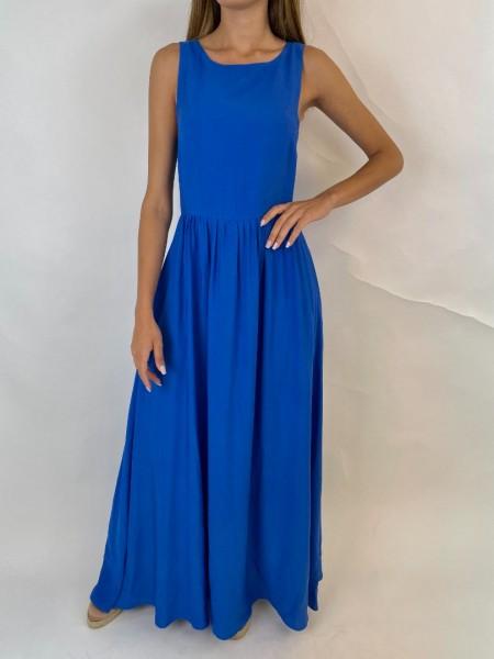 Μπλε ρουά αμάνικο maxi φόρεμα με στρογγυλή λαιμόκοψη, μικρές σούρες στη μέση, V άνοιγμα στην πλάτη και κλείσιμο με φερμουάρ πίσω Innocent