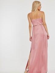Ροδακινί maxi ματ σατέν φόρεμα RICO με V-λαιμόκοψη, μικρά ανοίγματα κάτω από το στήθος, κρόσσια και ανοίγματα στα πλαϊνά Mind Matter