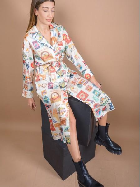 Εμπριμέ εκρού ματ σατέν shirt-look midi φόρεμα με ιδιαίτερα τυπώματα, πετρόλ ρέλι στα τελειώματα, κουφόπιετα στην πλάτη και ανοίγματα στα πλαϊνά Never on Sunday