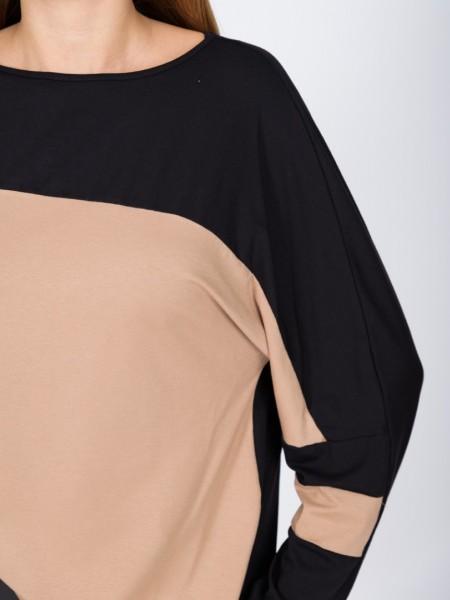 Δίχρωμη μαύρη-κάμελ μακρυμάνικη μπλούζα loose-fit με χαμόγελο λαιμόκοψη και ρεγκλάν μανικοκόλληση Vener